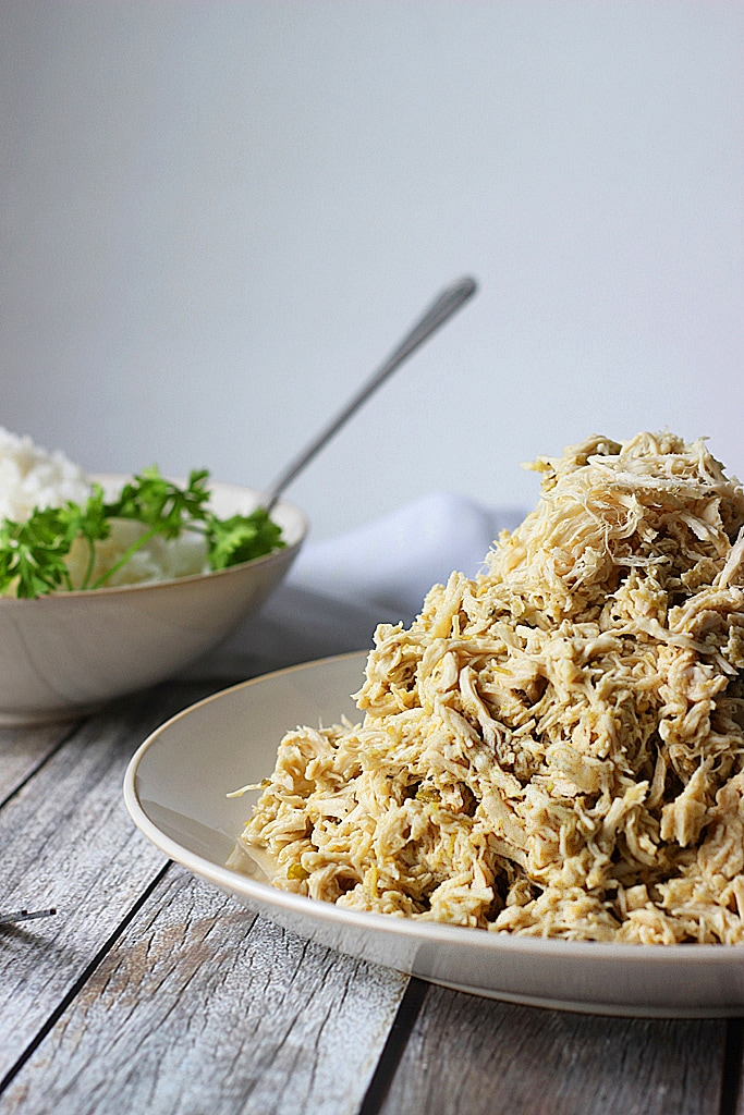 Pulled chicken has never been this easy! Slow cooker salsa verde ...